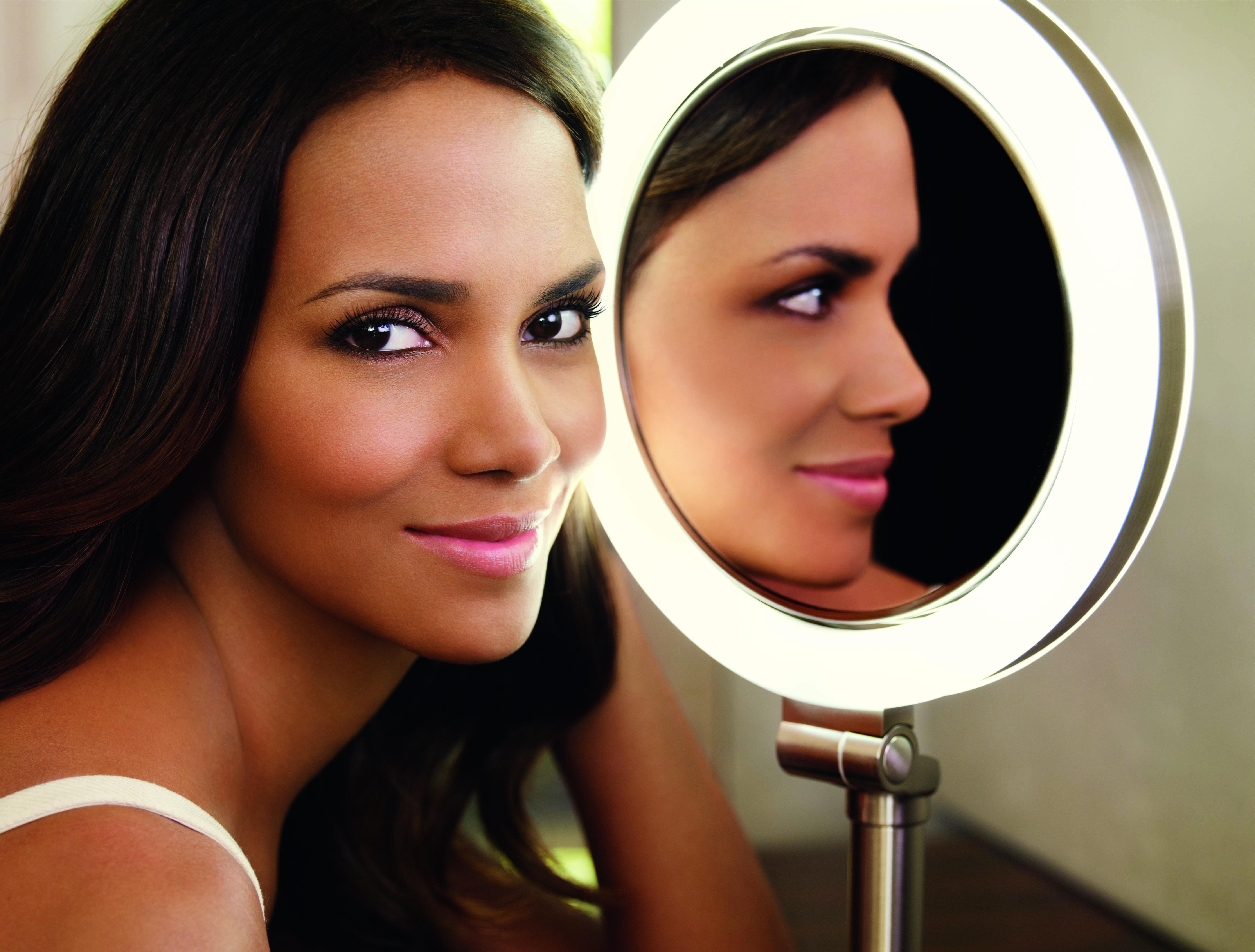 Revlon | Corallista Makeup Blog | Page 2