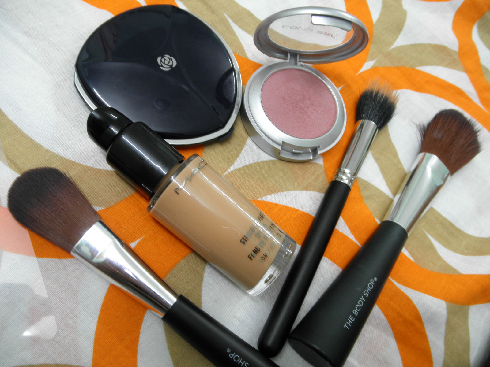 cheek products Who will you be today official website for w7 cosmetics quality products at value for money prices free shipping.