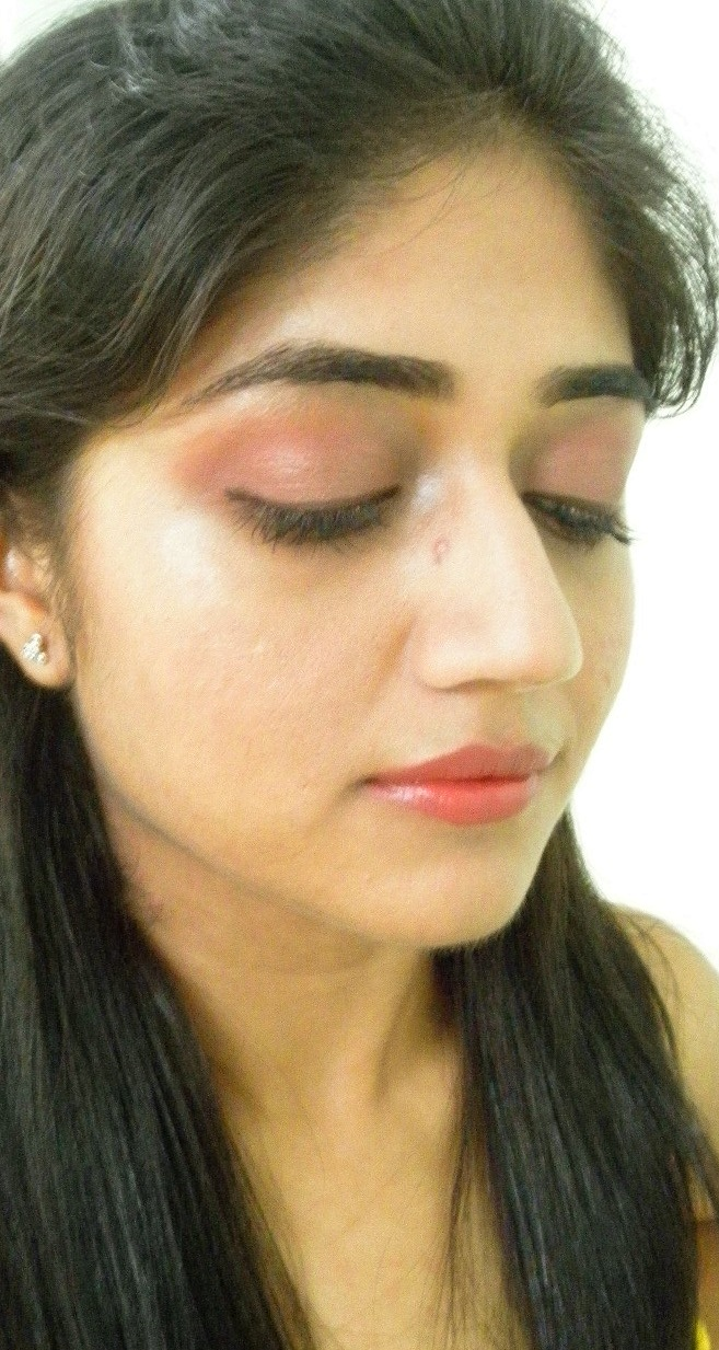 Mac Cranberry Eyeshadow Review Swatch And Demo: Lotus Herbals Pyre Color Pink Blush Lipstick